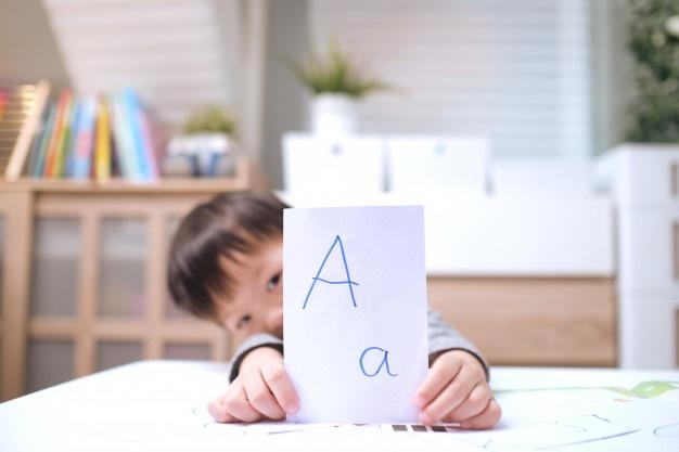 معرفی موسسه خوب برای آموزش زبان کودکان